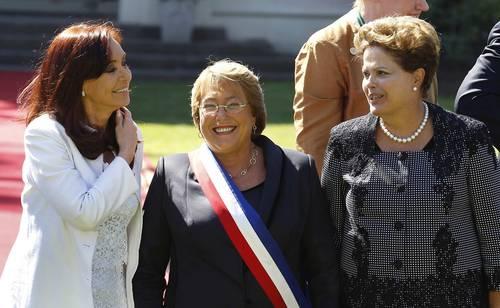 Asunción segundo mandato Michelle Bachelet, junto a Cristina Kirchner y Dilma Rousseff (2014).