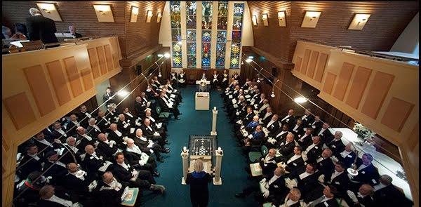 La Regularidad Masónica y las Tres Grandes Luces de la Masonería