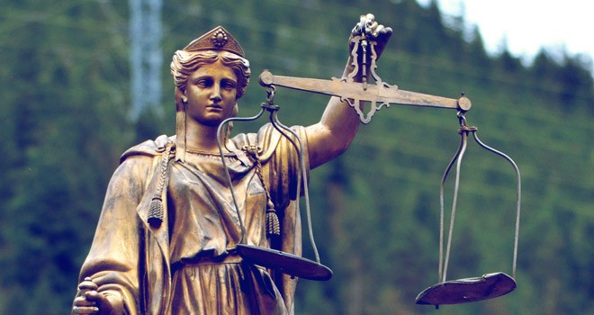 Leyes de los derechos humanos y legislación uruguaya.