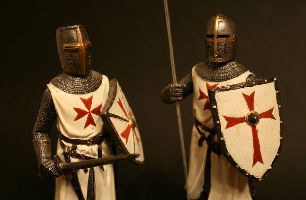Armaduras de Caballeros Templarios.