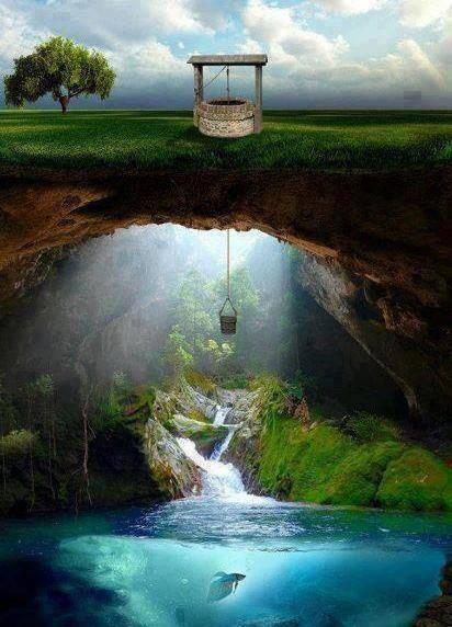 Hay un mundo visible y un mundo invisible, ambas partes conforman un todo.