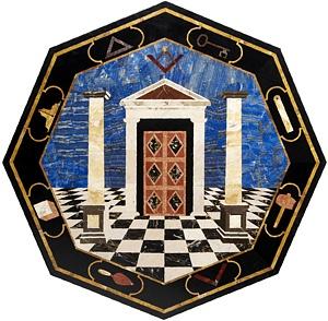 El masón debe aprender, primero, y cuestionar, después, la plétora de interpretaciones sobre los símbolos de su grado.